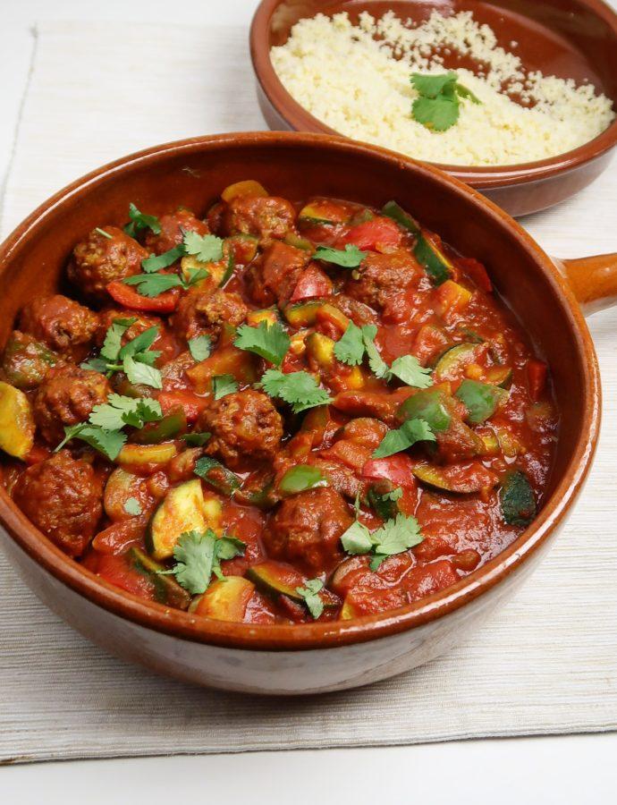 Marokkaanse groenteschotel met vegaballetjes