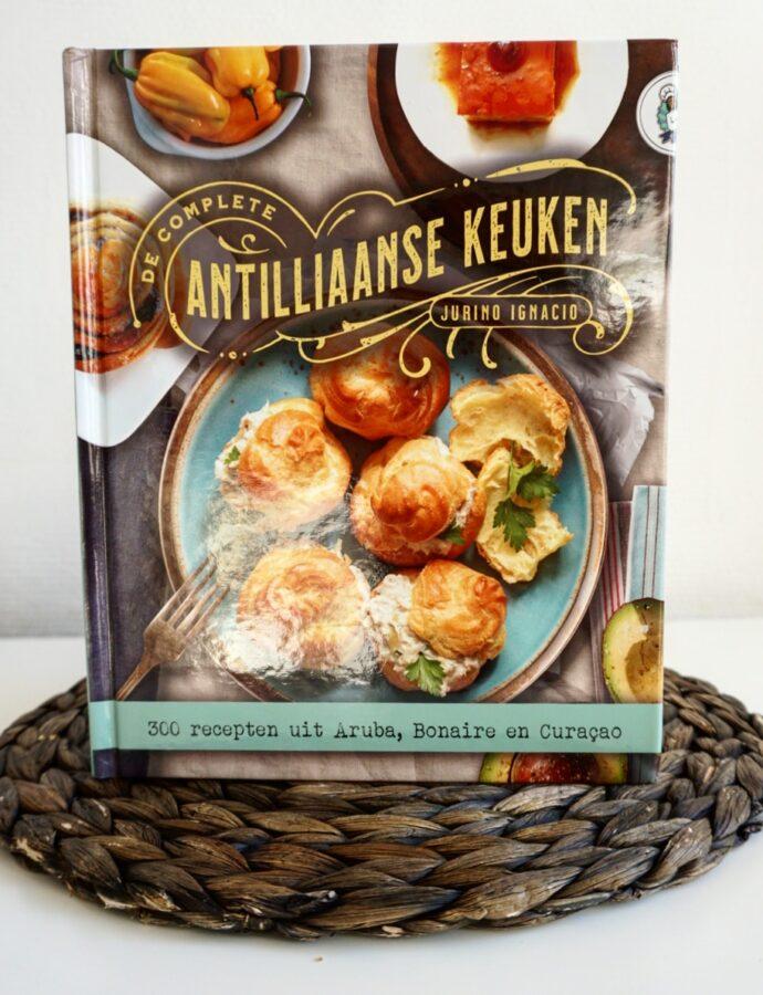Boekreview De Complete Antilliaanse Keuken van Jurino Ignacio