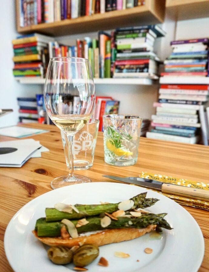 Dineren met sherry in de kookboekenwinkel van Mevrouw Hamersma