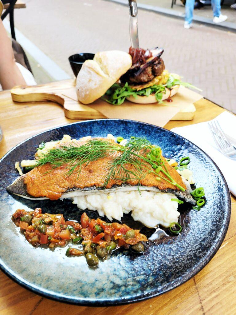 Franse cuisine met een twist bij Bar Bistro Speakers op de Maliestraat in Den Haag