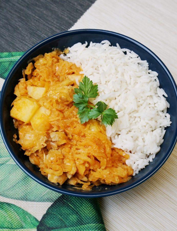 Surinaamse zuurkool met kip en aardappelen