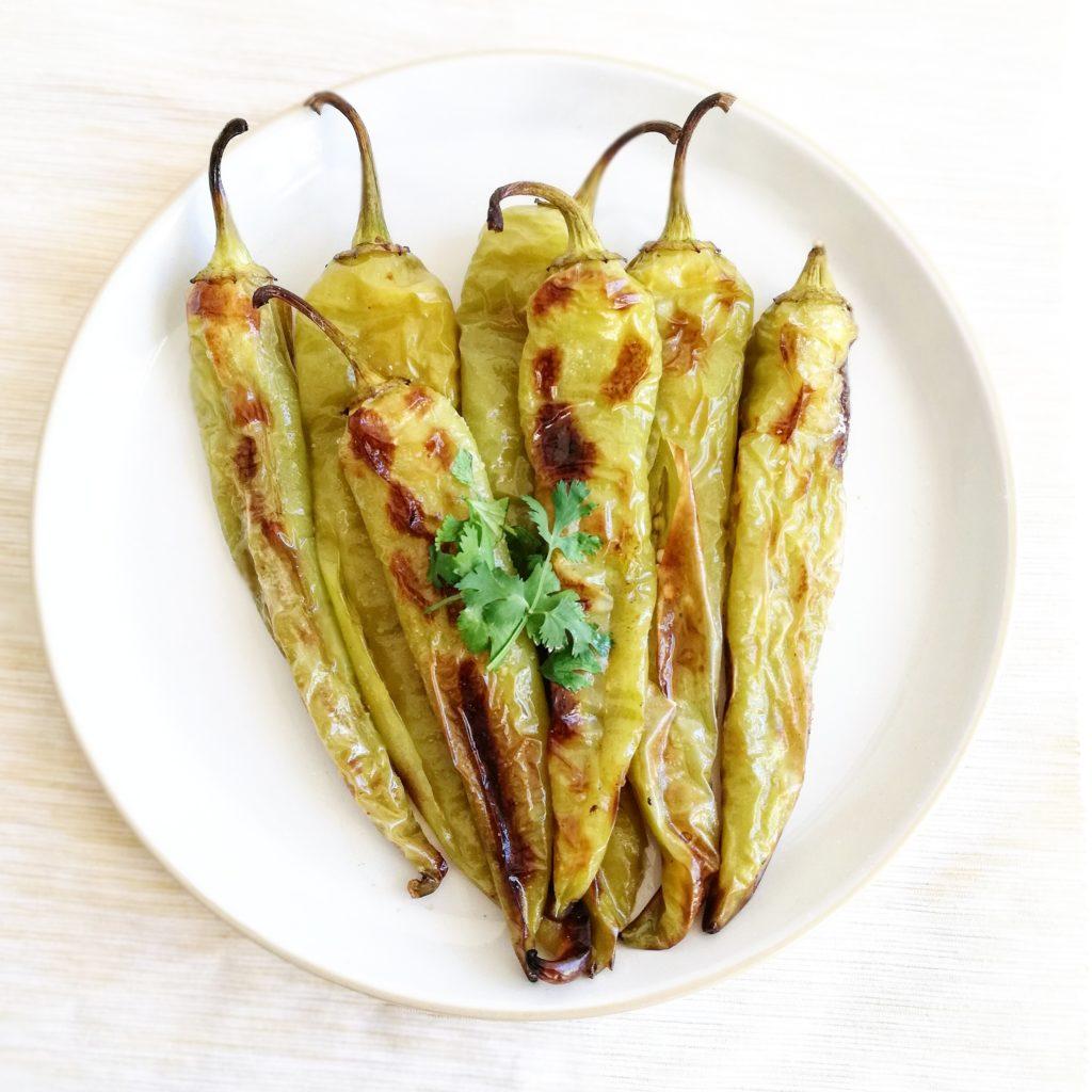 Geroosterde Turkse groene pepers