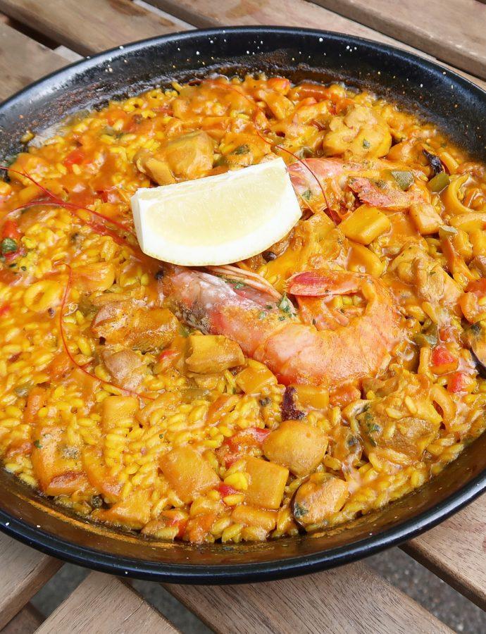 Echt Spaanse paella en tapas – Restaurant La Familia
